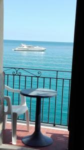 Balcone o terrazza di Appartamento da sogno a bordo mare