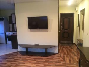 A television and/or entertainment center at Apartment on Prospekt Mira 22