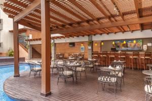 Barceló Guatemala Cityにあるレストランまたは飲食店
