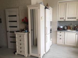 Кухня или мини-кухня в Гостиница Мэри