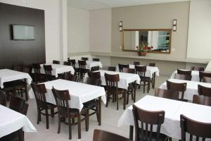 A restaurant or other place to eat at Hotel Primavera