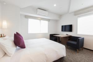 新宿東急酒店房間的床