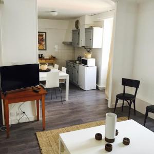 Cuisine ou kitchenette dans l'établissement Hotel de la Gare