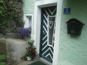 The facade or entrance of Ferienhaus Forsthof