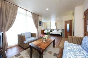 A seating area at Yilan Ya Lu Homestay
