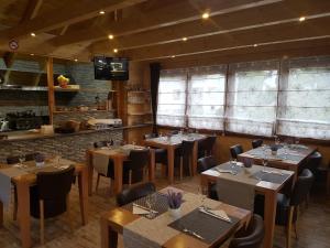 Restaurace v ubytování Pansion Villa Cancar