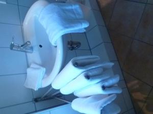 Ein Badezimmer in der Unterkunft Haus Fernsicht