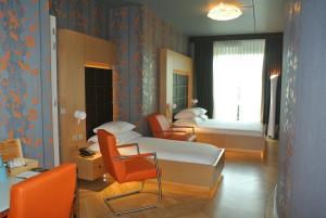 Een zitgedeelte bij Amadi Park Hotel