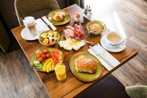 Frühstücksoptionen für Gäste der Unterkunft RiKu HOTEL Ulm