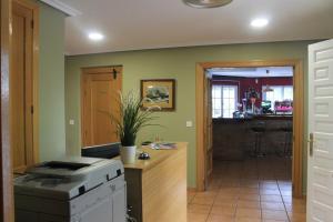 A kitchen or kitchenette at Hotel Ciudad de Borja