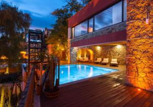 The swimming pool at or near Casa del Rector Hotel Boutique y Arte- Adult Only