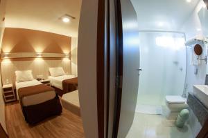 A bathroom at Luz Hotel