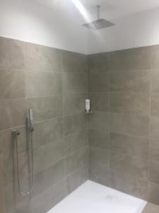 Een badkamer bij Cour St Georges