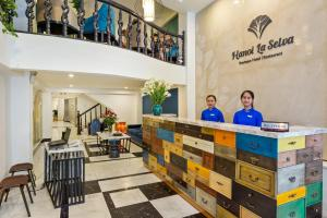 A restaurant or other place to eat at Hanoi La Selva Hotel