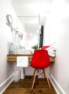 Ванная комната в The Whitechapel