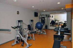 Centrum fitness w obiekcie Sobotel Hotel & SPA