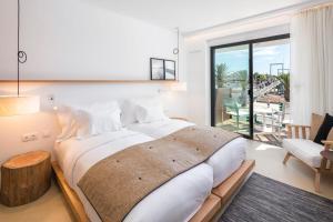 Lagos Avenida Hotelにあるベッド