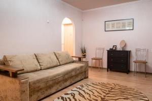Гостиная зона в Apartament on Lermontovskaya