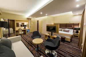 A seating area at Aquaticum Debrecen Termal & Wellness Hotel