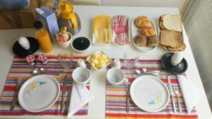 Ontbijt beschikbaar voor gasten van B&B aandedijkinbrakel