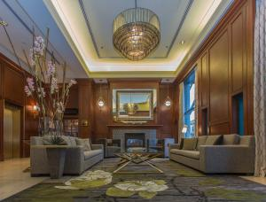The lobby or reception area at Magnolia Hotel & Spa