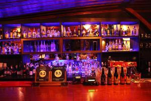 Ο χώρος του lounge ή του μπαρ στο Πράσινο Χωριό