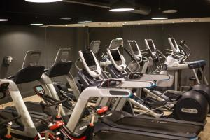 The fitness centre and/or fitness facilities at Hilton Brighton Metropole