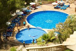 Vista de la piscina de Seramar Apartamentos Sunna Park o alrededores