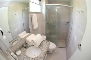 A bathroom at Duro Beach Garden Hotel