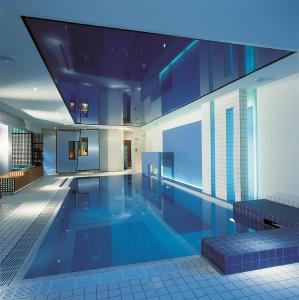 The swimming pool at or near Mintrops Land Hotel Burgaltendorf