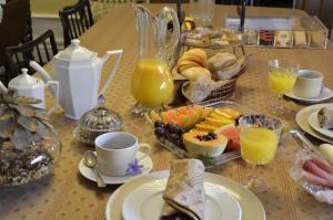 As opções de pequeno-almoço disponíveis para os hóspedes de Solar da Motta Douro Boutique Home