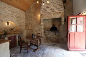 A seating area at Sarl La Barinoise