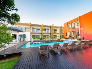 The swimming pool at or close to Blue Diamond Boutique Hotel