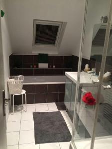 A bathroom at Appartement avec garage Colmar Centre Historique