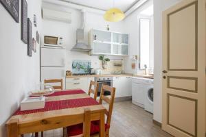 Cucina o angolo cottura di Cuore di Testaccio Apartment