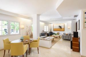 Гостиная зона в Hotel Menorca Patricia