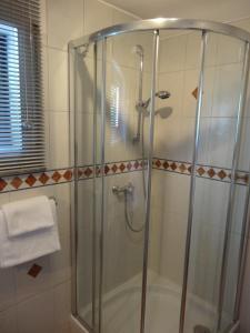 Een badkamer bij Stadt und Wald