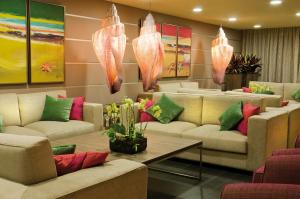 A seating area at Kn Hotel Arenas del Mar Adults Only