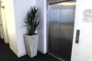 A bathroom at Cityview Studio Accommodation