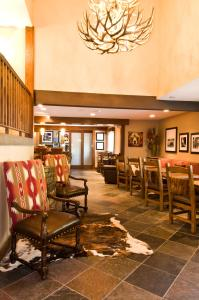 A restaurant or other place to eat at Hampton Inn Jackson Hole