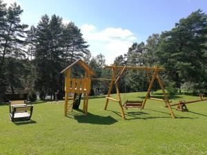 Vaikų žaidimų erdvė apgyvendinimo įstaigoje Trikojis