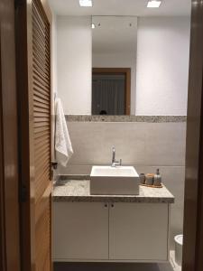 A bathroom at Pé na areia - Furstberger