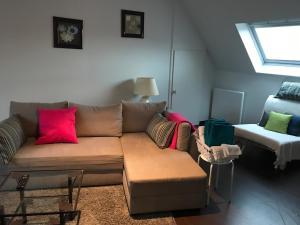 A seating area at Appartement avec garage Colmar Centre Historique