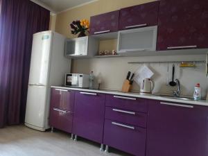 A kitchen or kitchenette at Apartment on Leninsky Prospekt
