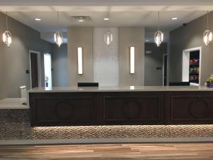 The lobby or reception area at Best Western Gettysburg