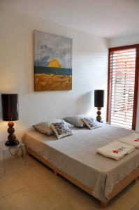 Cama ou camas em um quarto em Hilltop Sea view , Boca Gentil