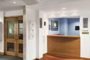 The lobby or reception area at Days Inn Cannock - Norton Canes