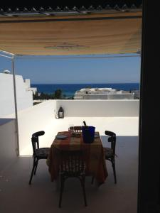 A balcony or terrace at Appartement - Vue sur Mer- Hammamet