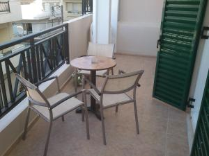 A balcony or terrace at Mirabello Hotel