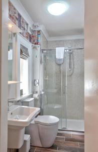 Un baño de Anvershiel House